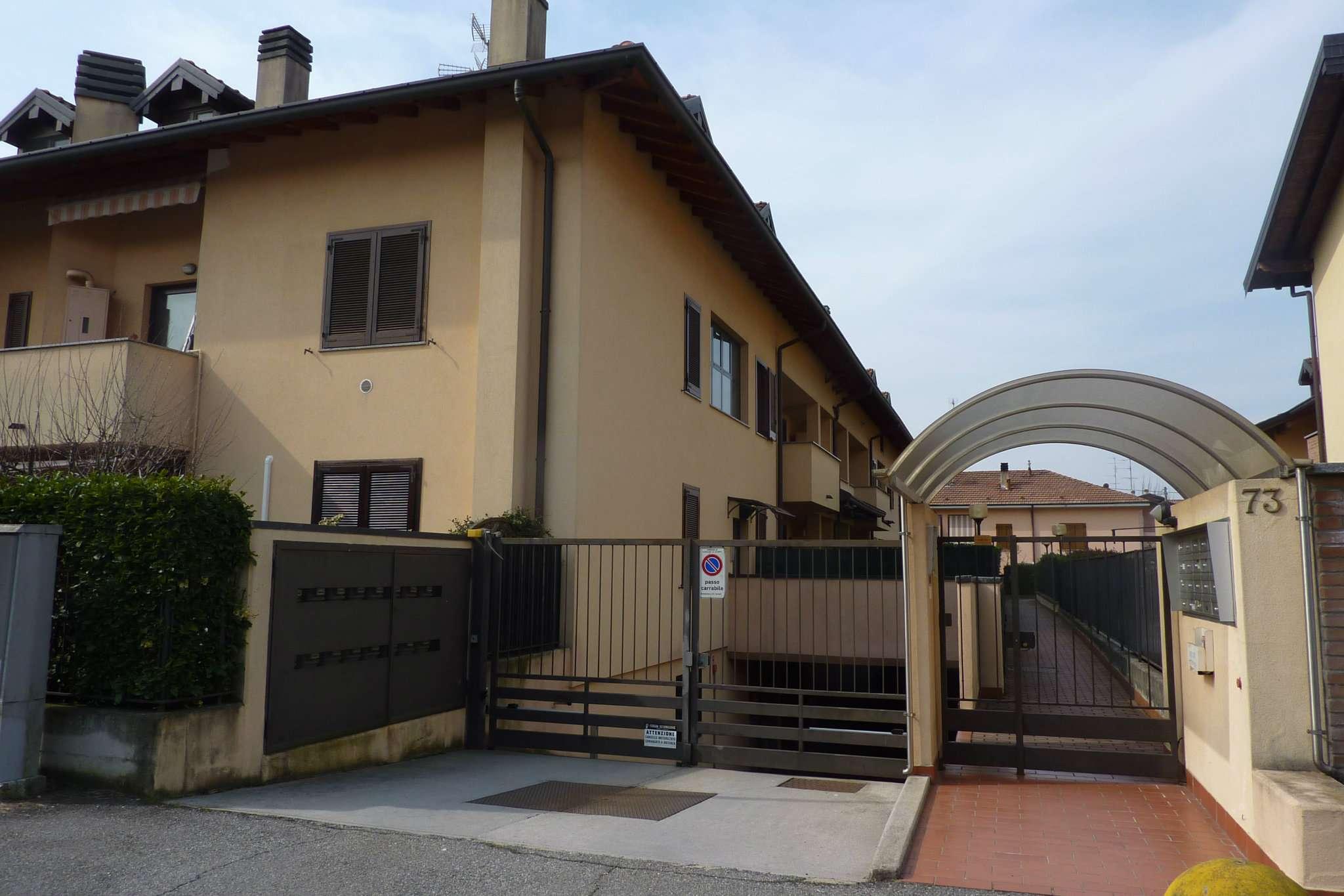 Appartamento in affitto a Cardano al Campo, 2 locali, prezzo € 500 | Cambio Casa.it