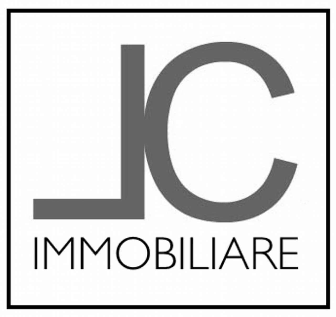 Appartamento in affitto a Cardano al Campo, 2 locali, prezzo € 550 | CambioCasa.it