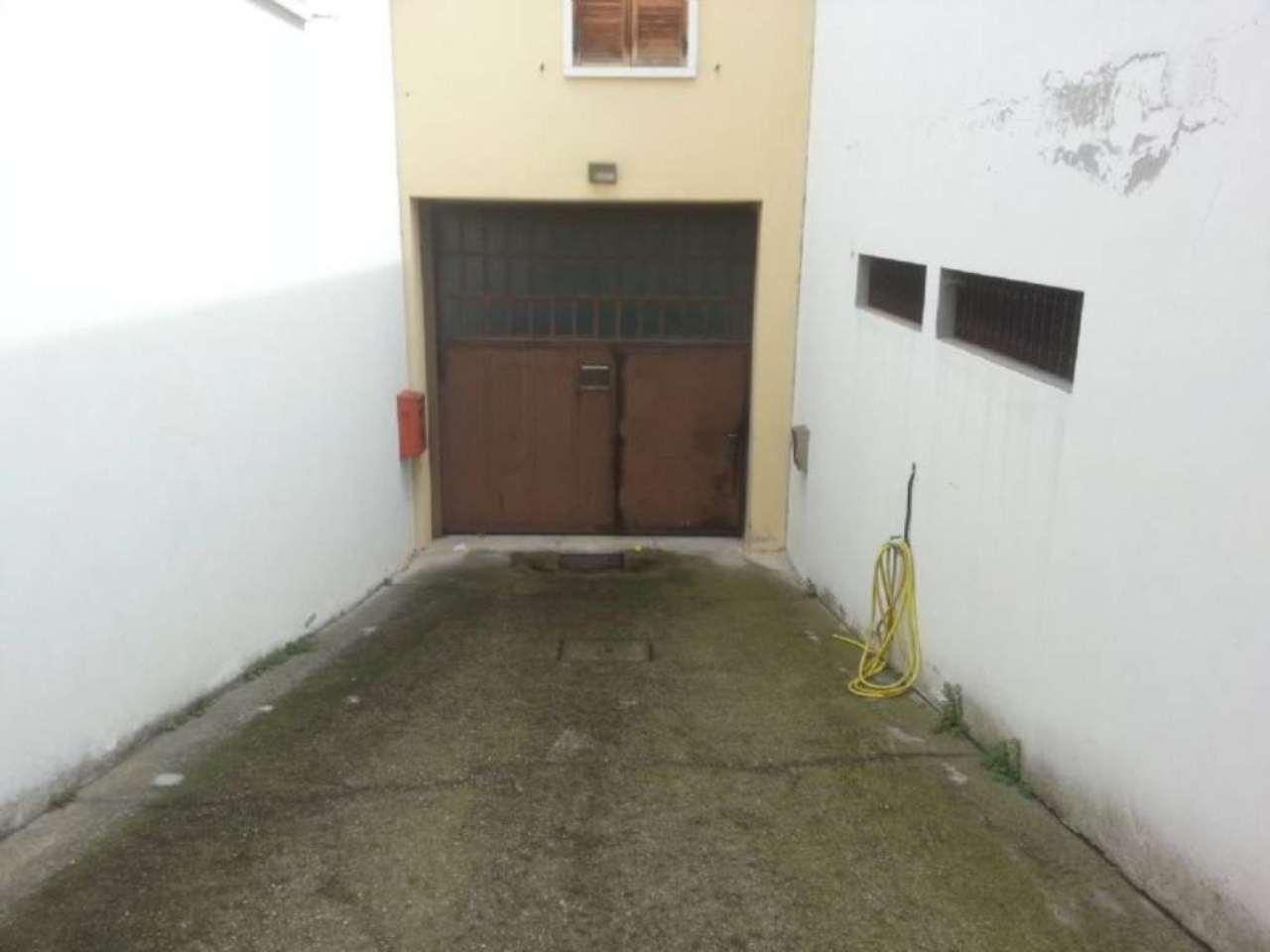 Capannone in vendita a San Pietro in Cariano, 9999 locali, Trattative riservate | Cambio Casa.it