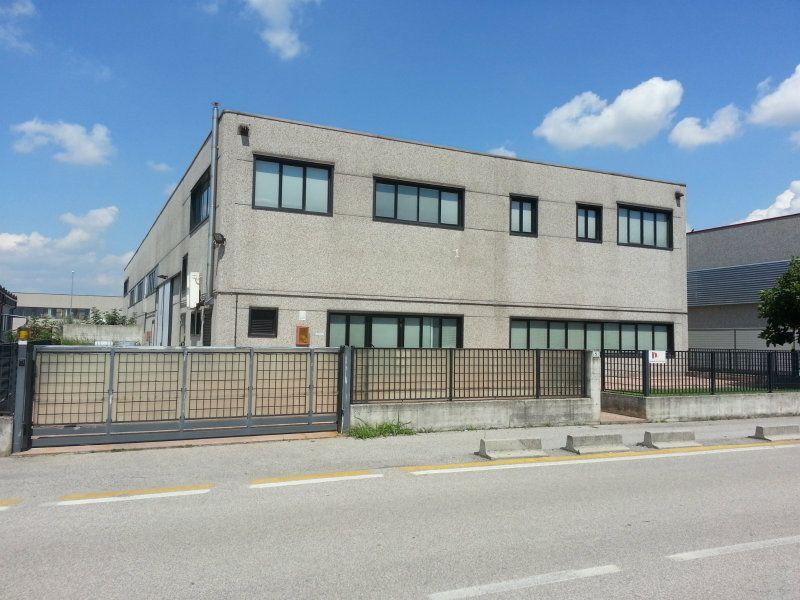Capannone in vendita a Povegliano Veronese, 6 locali, Trattative riservate | Cambio Casa.it