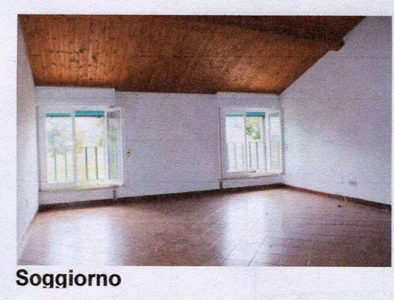 Bilocale Ferrara Via CÀ Rossa 2