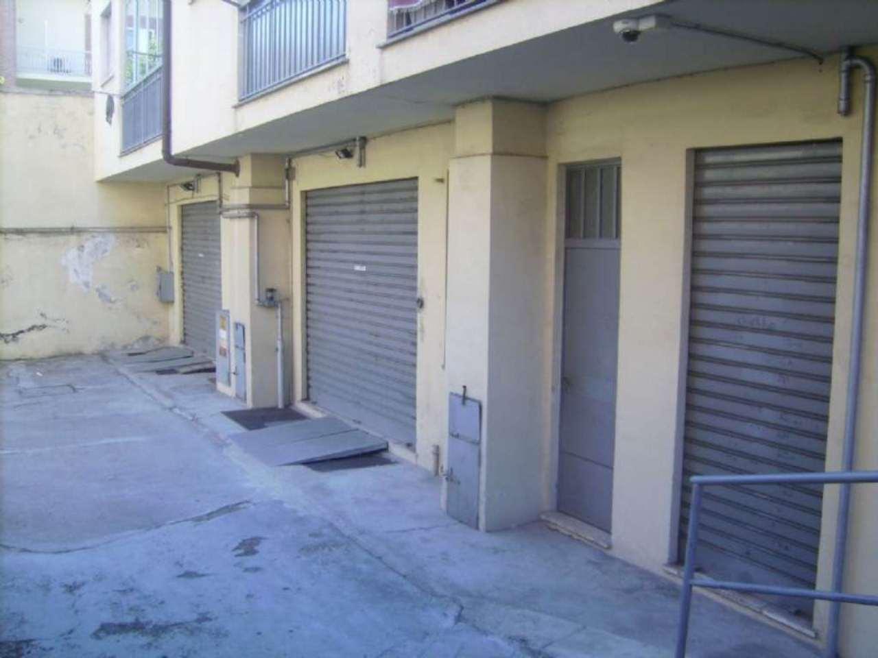 Magazzino in vendita a Grugliasco, 9999 locali, prezzo € 70.000 | Cambio Casa.it
