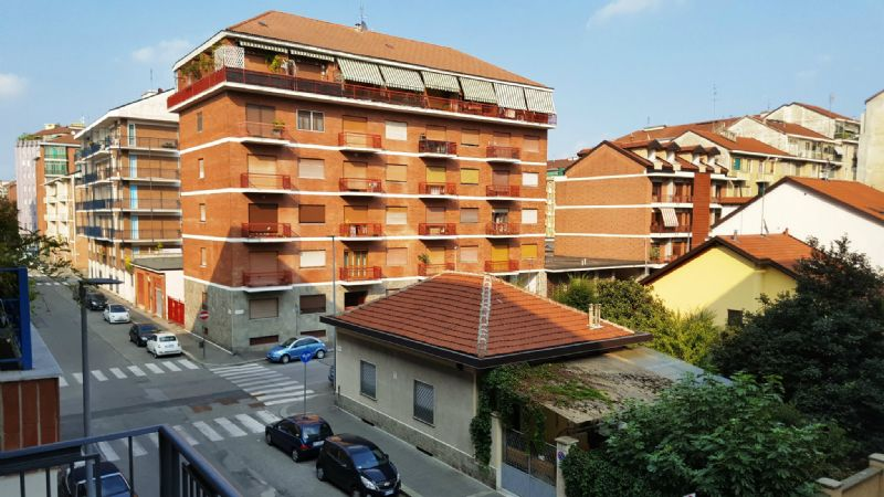 Bilocale Torino Via Mazzè 10