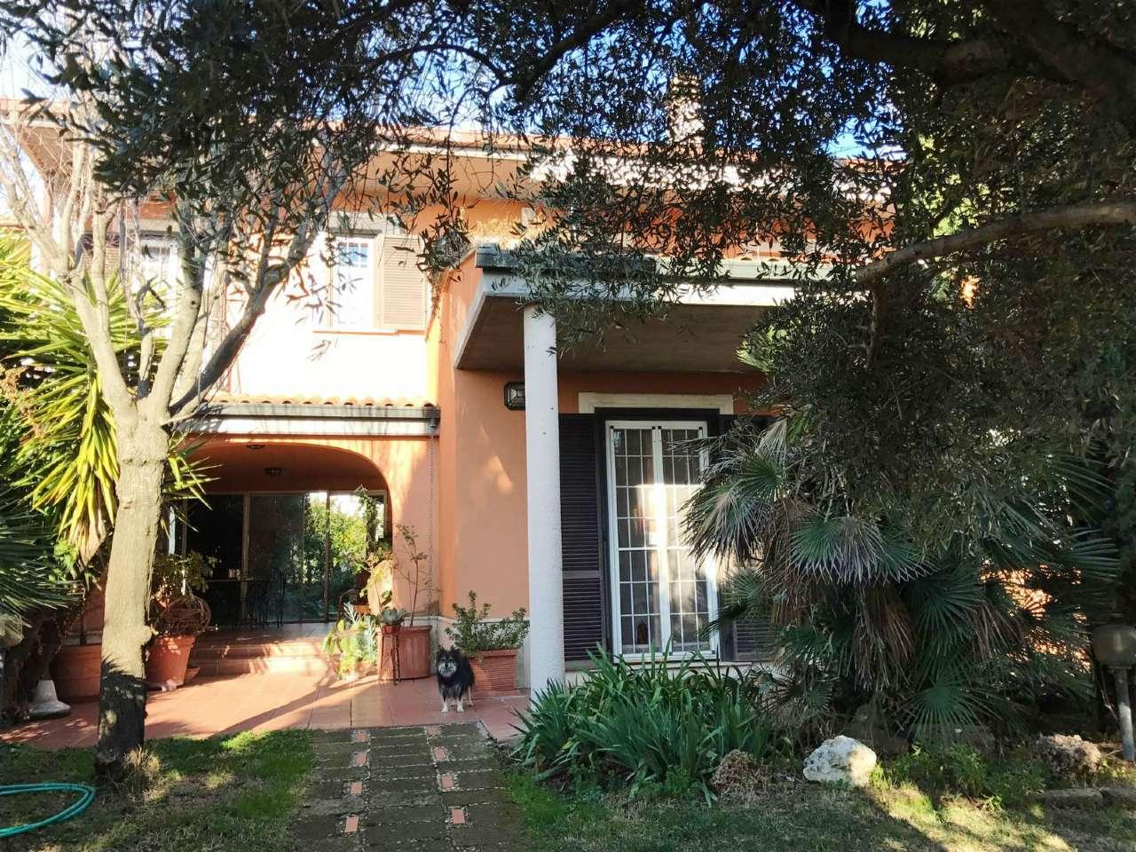 Villa in vendita a Guidonia Montecelio, 6 locali, prezzo € 609.000 | CambioCasa.it