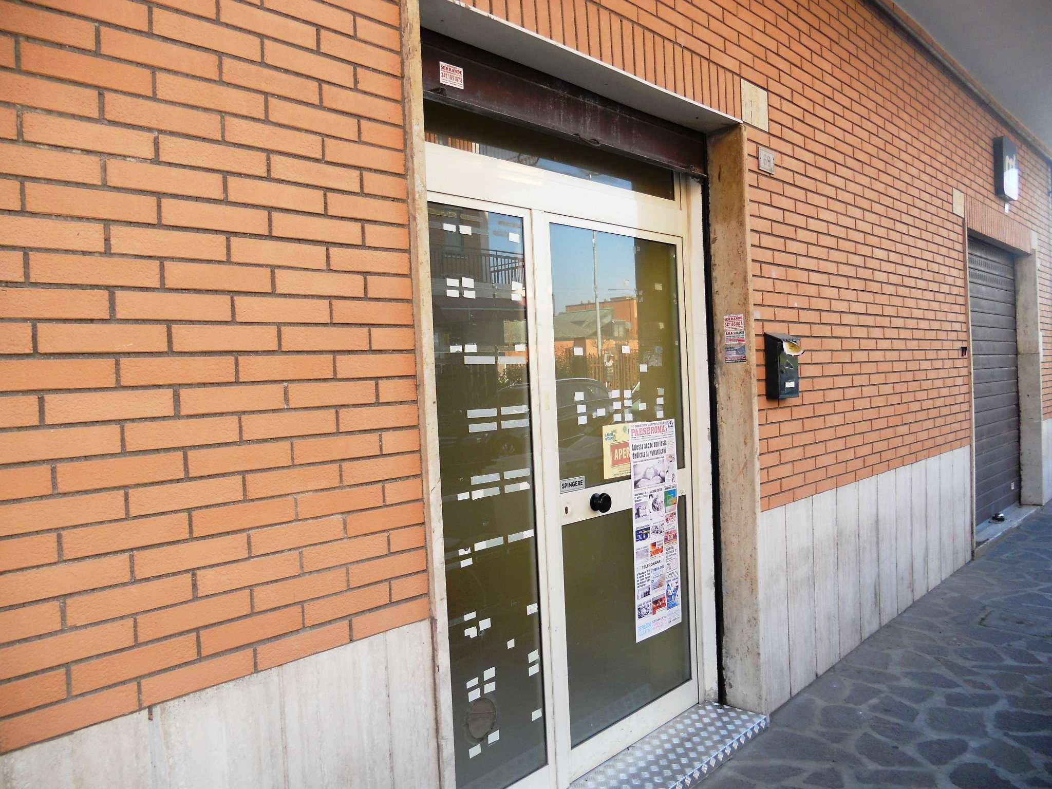 Negozio / Locale in affitto a Guidonia Montecelio, 2 locali, prezzo € 450 | CambioCasa.it