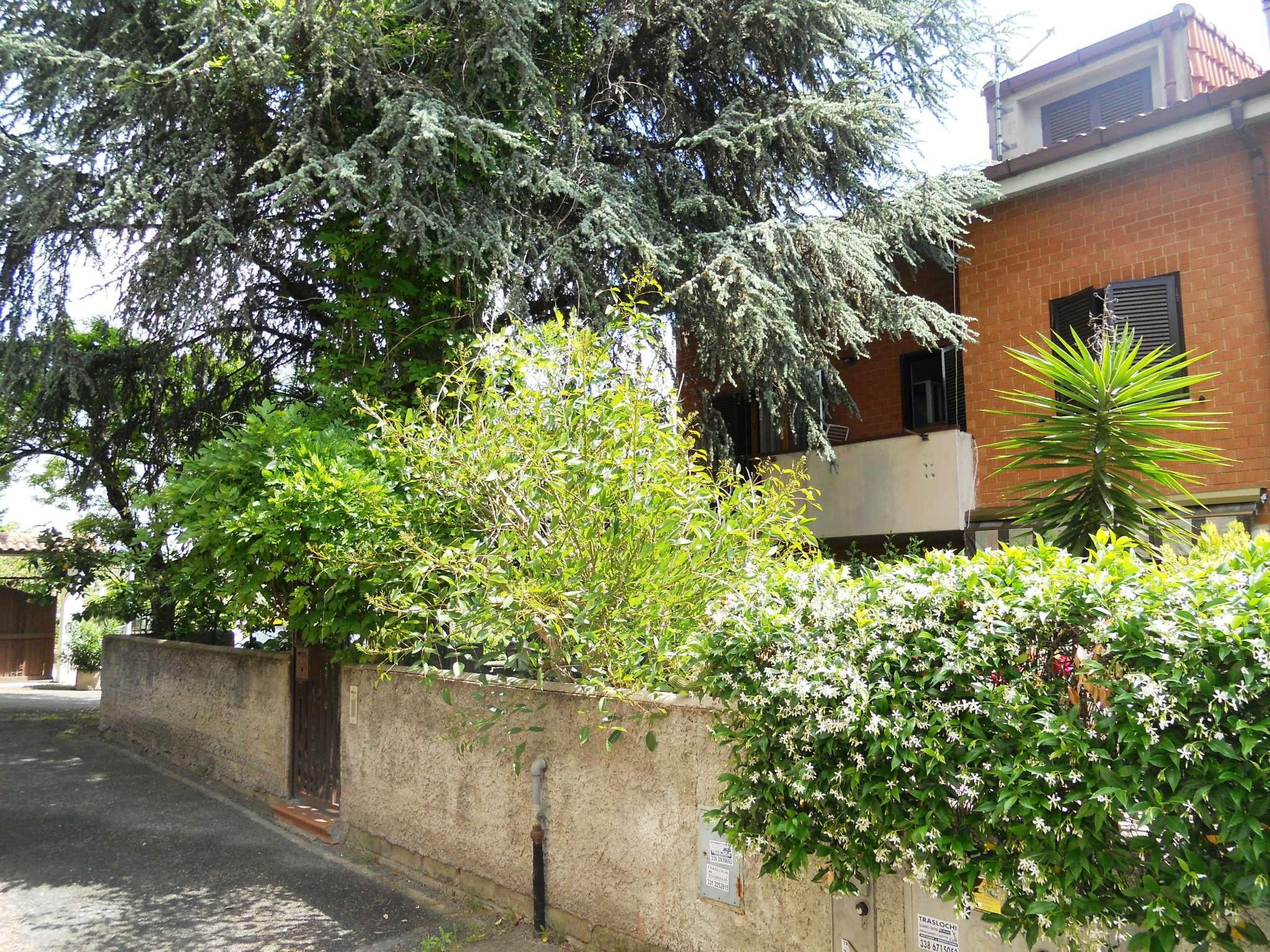 Villa in vendita a Guidonia Montecelio, 5 locali, prezzo € 199.000 | CambioCasa.it