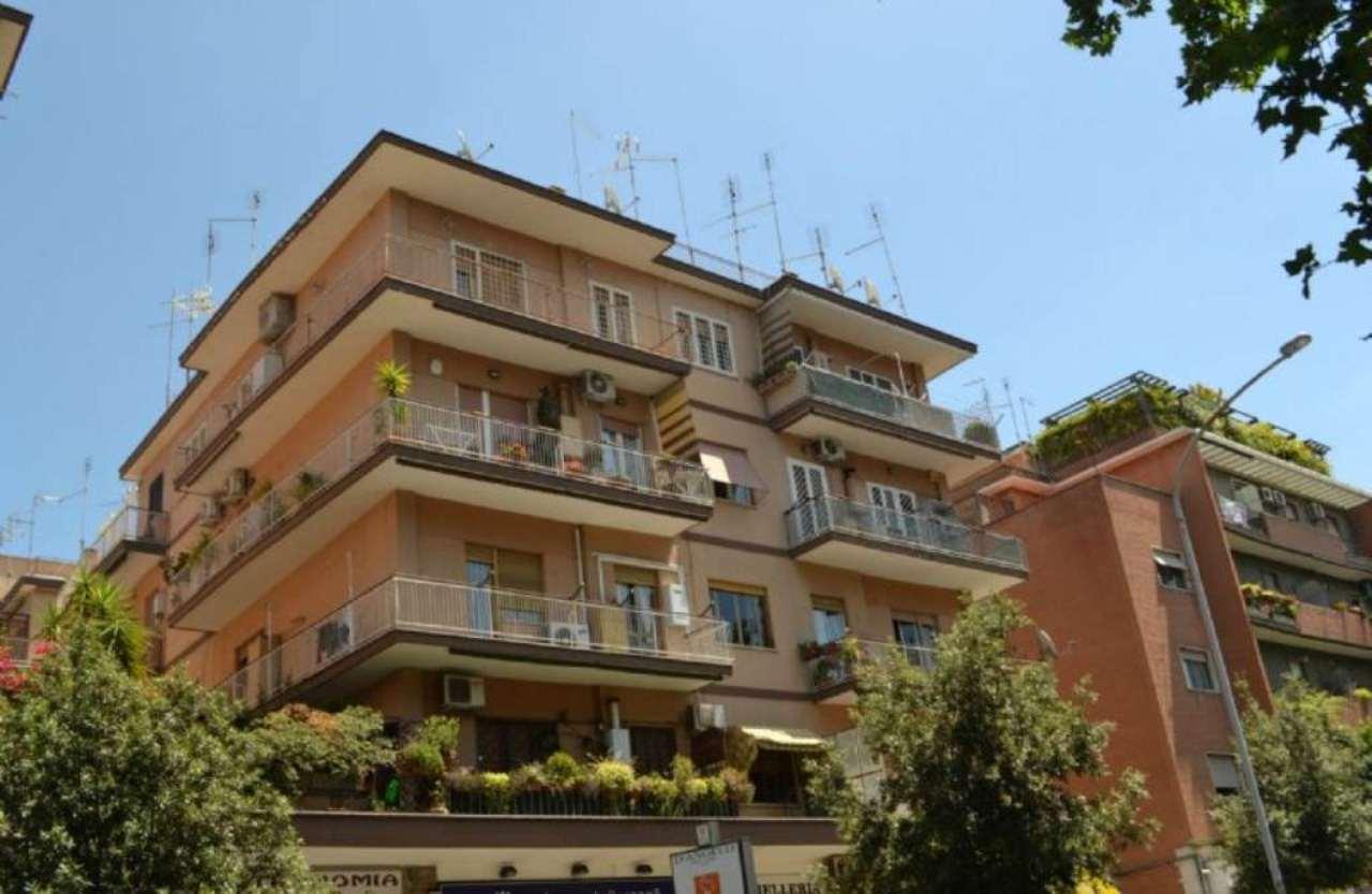 Roma Vendita COMMERCIALI Immagine 2