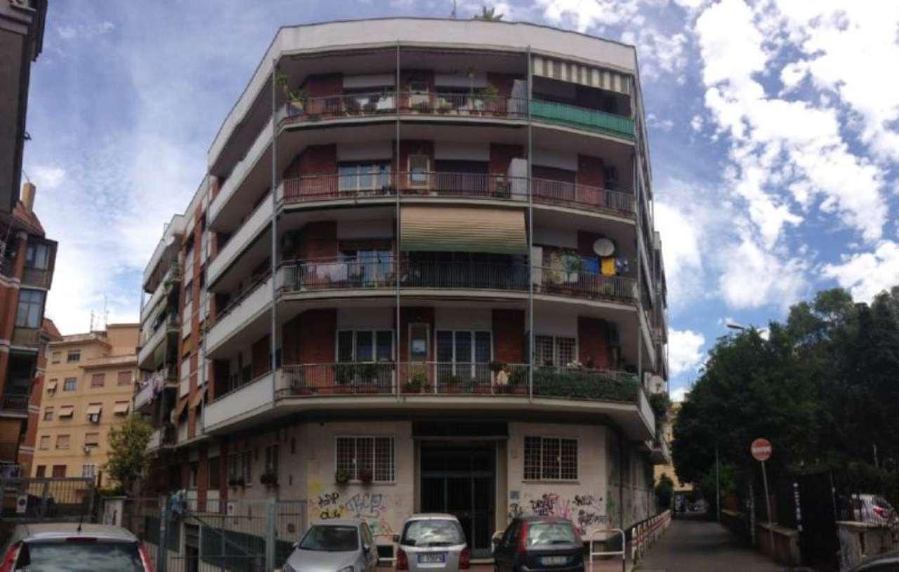 Roma Vendita MAGAZZINO Immagine 0
