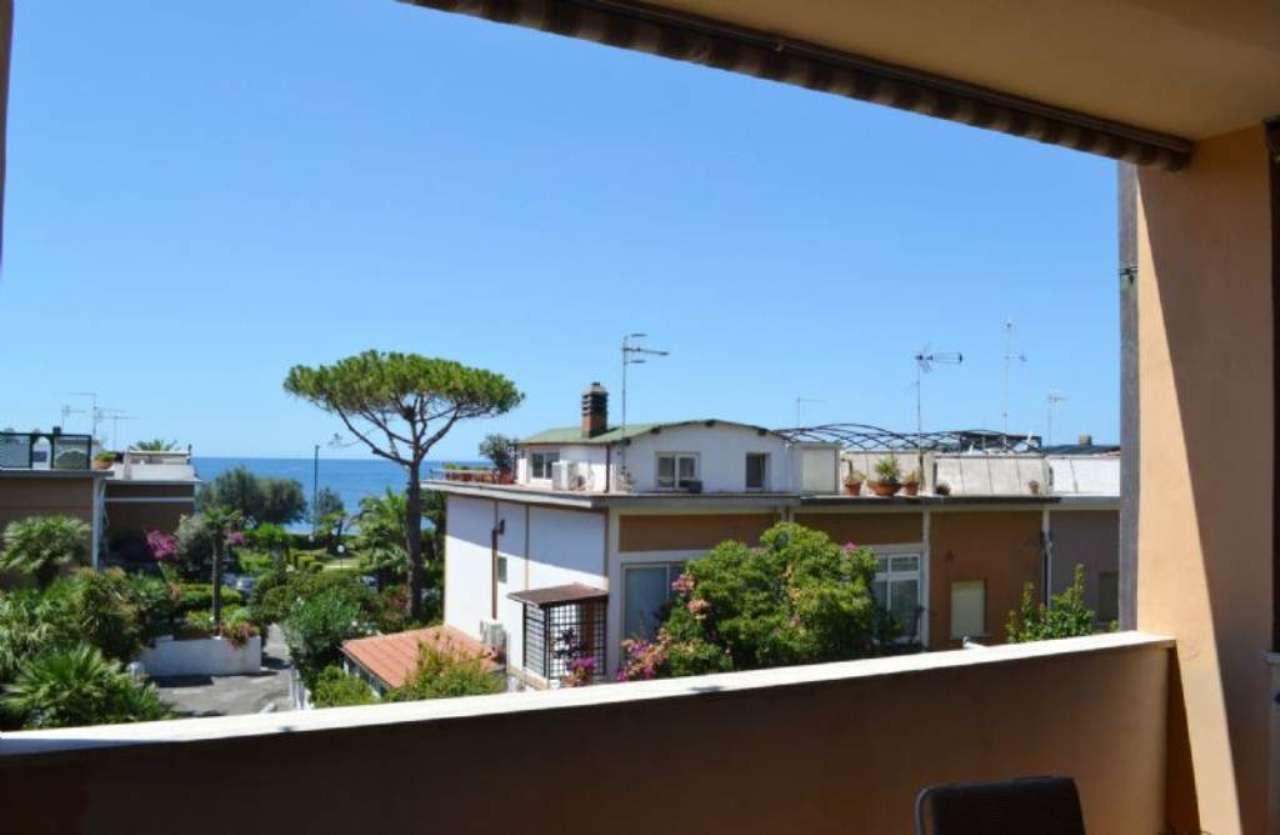 Appartamento in vendita a Santa Marinella, 2 locali, prezzo € 75.000 | Cambio Casa.it