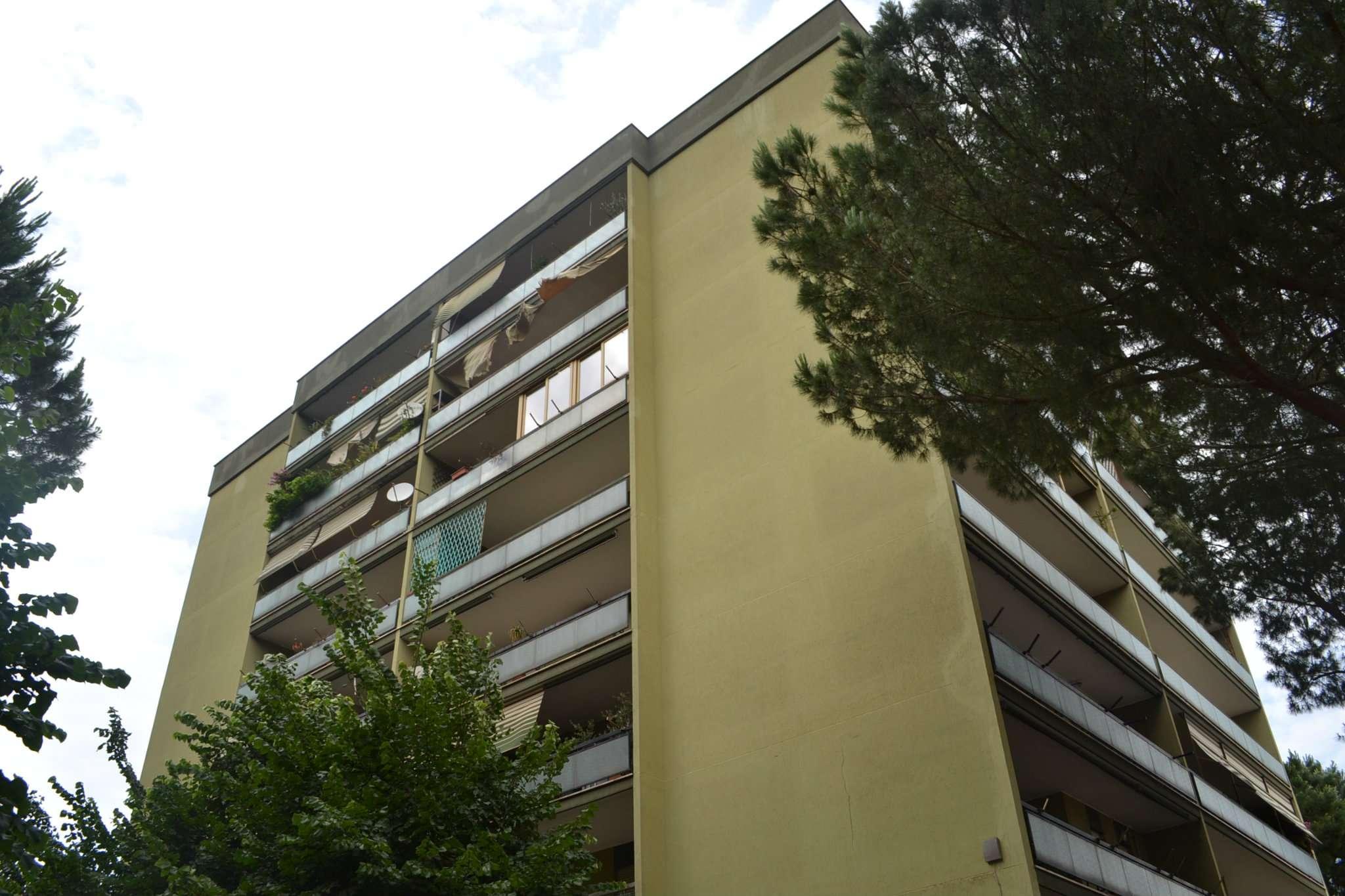 Quadrilocale in affitto a Roma in Via Fiume Bianco