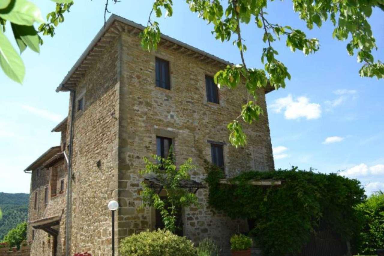 Rustico / Casale in vendita a Umbertide, 23 locali, prezzo € 1.240.000 | Cambio Casa.it