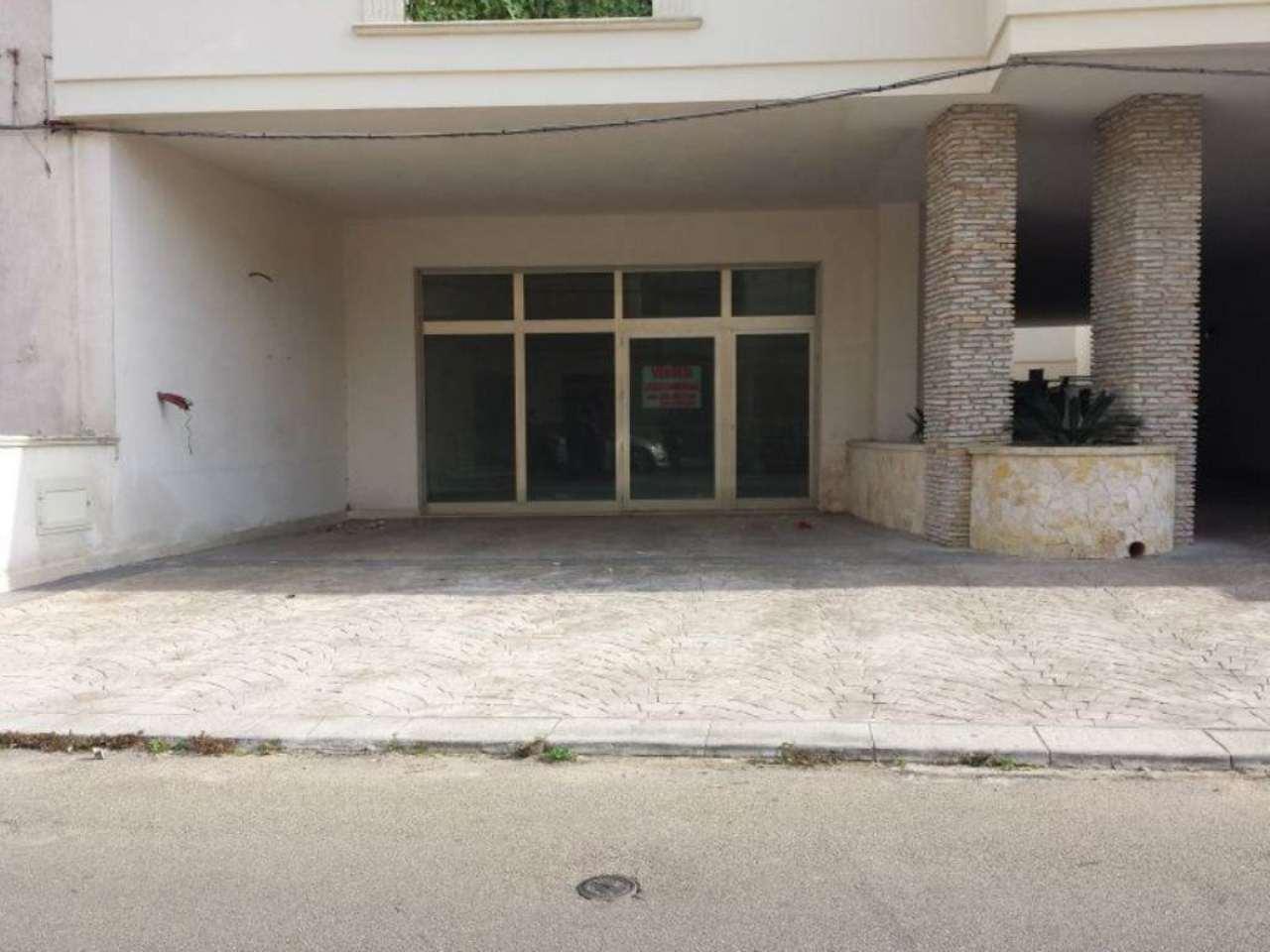 Negozio / Locale in vendita a Copertino, 1 locali, prezzo € 120.000 | CambioCasa.it