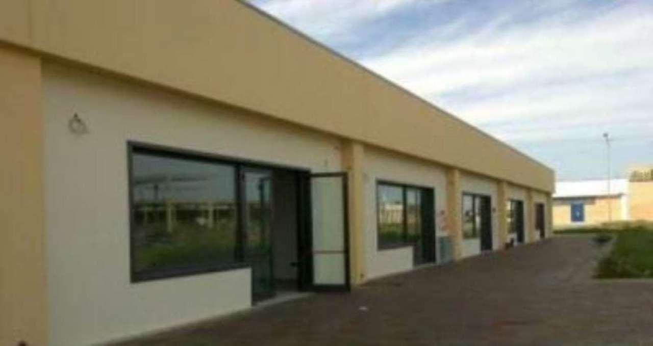 Negozio / Locale in vendita a Copertino, 9999 locali, prezzo € 99.000 | CambioCasa.it