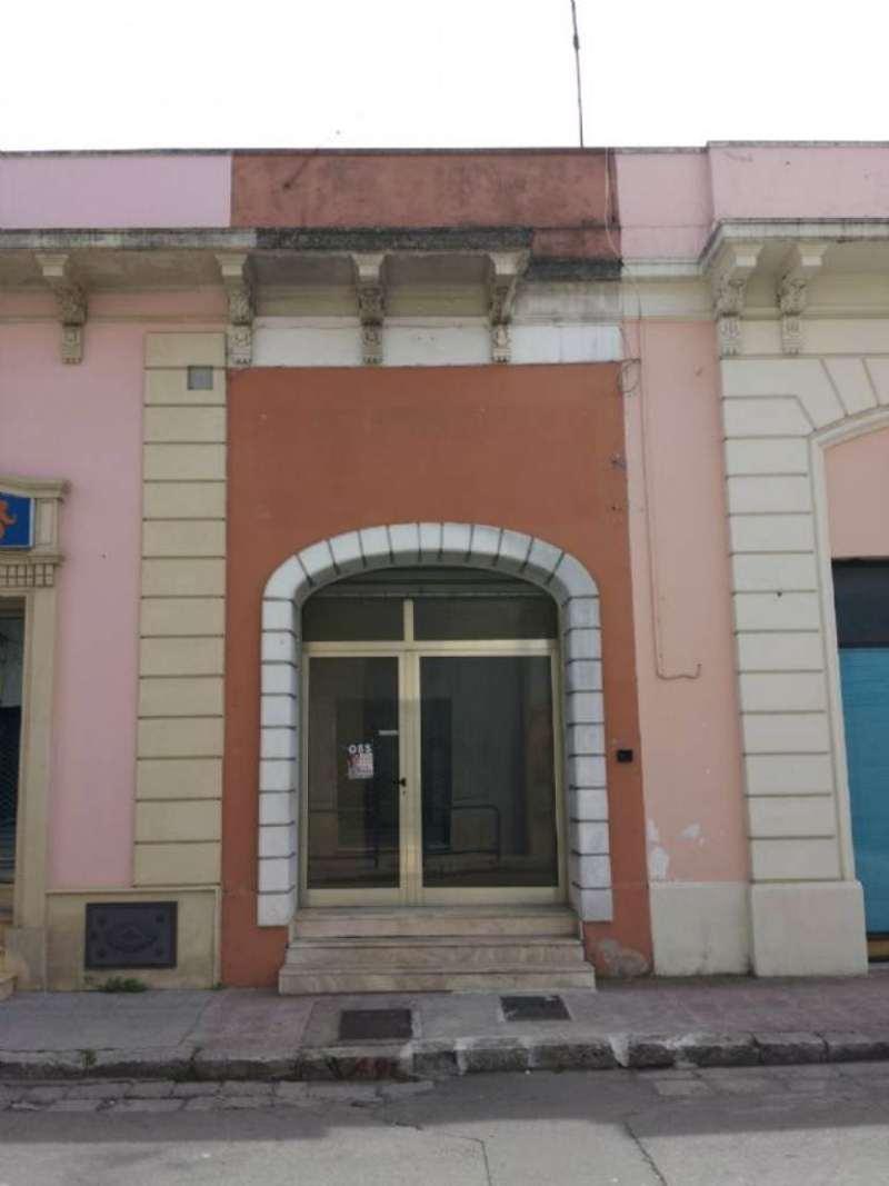 Negozio / Locale in affitto a Copertino, 1 locali, prezzo € 550 | CambioCasa.it
