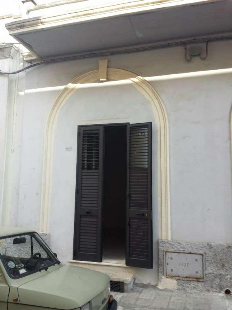 Ufficio / Studio in affitto a Copertino, 3 locali, prezzo € 320 | CambioCasa.it
