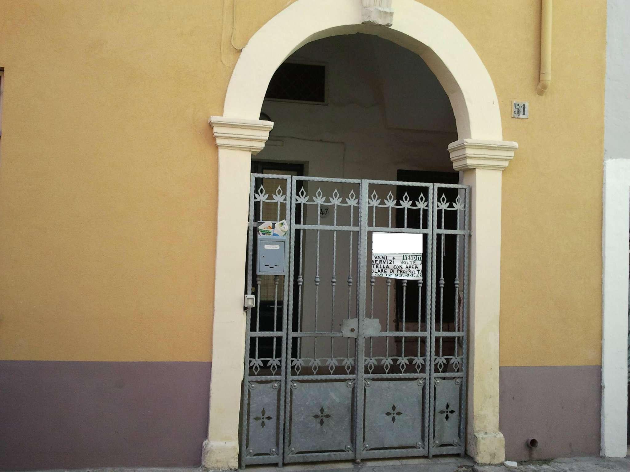 Soluzione Indipendente in vendita a Monteroni di Lecce, 4 locali, prezzo € 26.000 | Cambio Casa.it