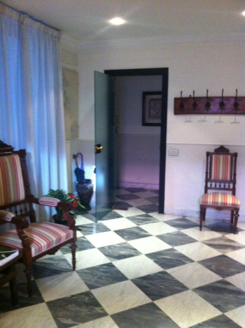 Ufficio-studio in Affitto a Genova Centro: 4 locali, 110 mq