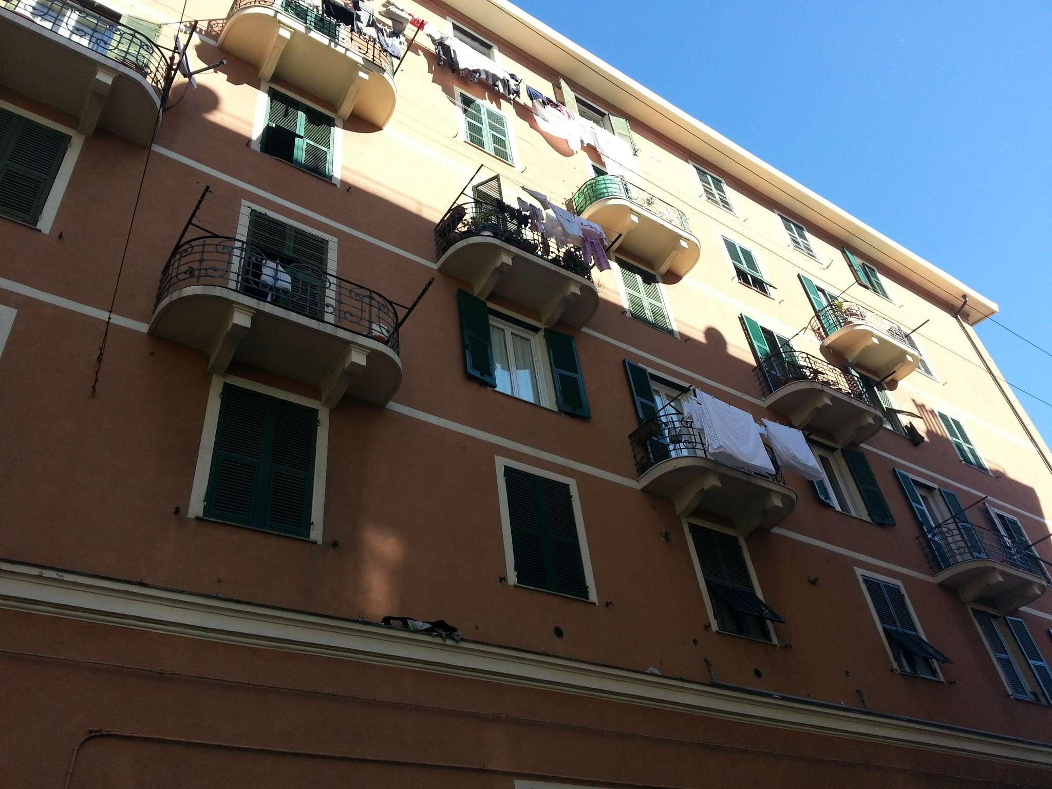 Bilocale Genova Passo Buole 1