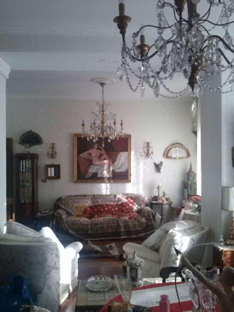 Appartamento in Vendita a Genova Centro: 5 locali, 230 mq
