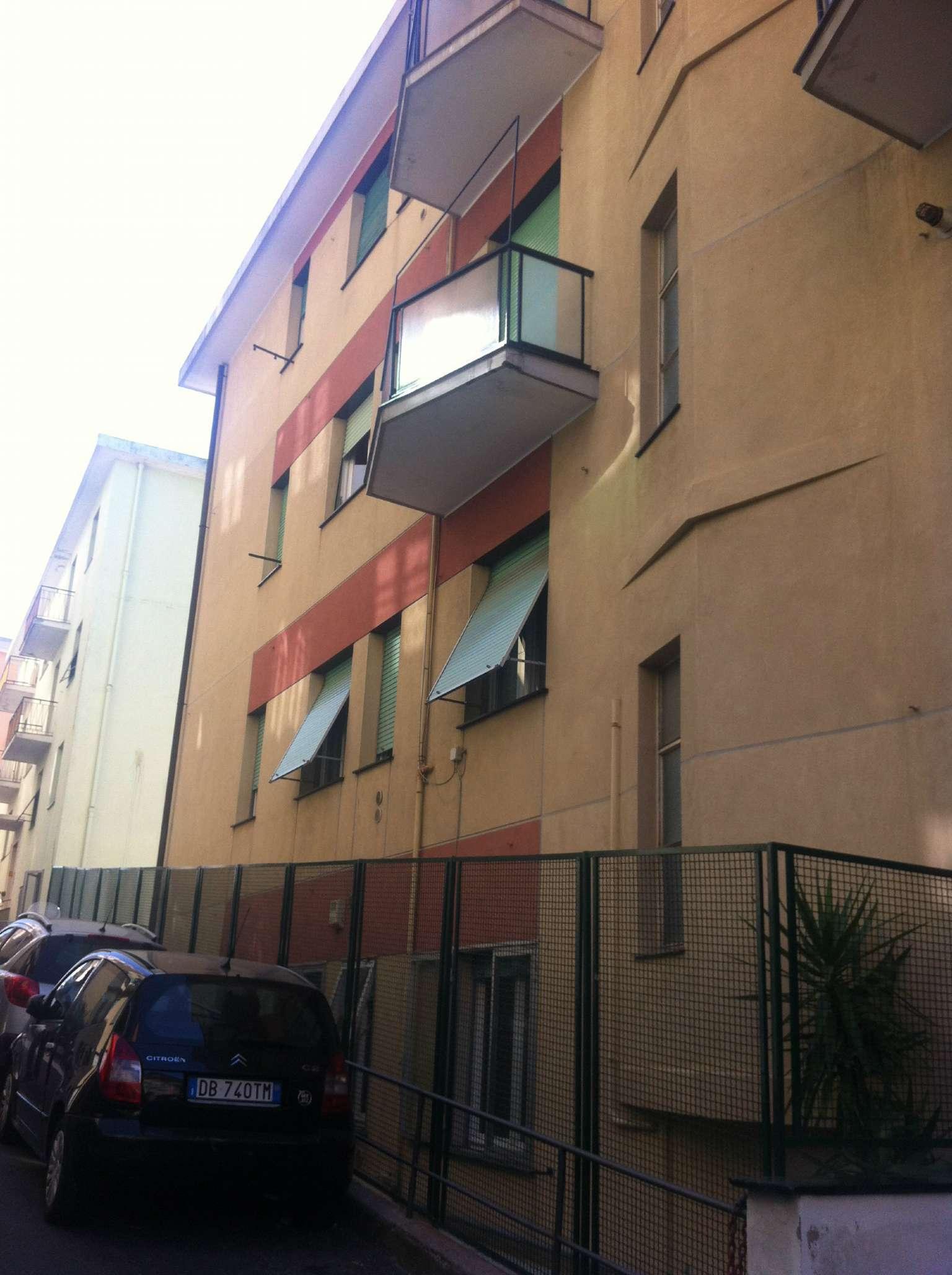 Bilocale Genova Via Al Poligono Di Quezzi 8