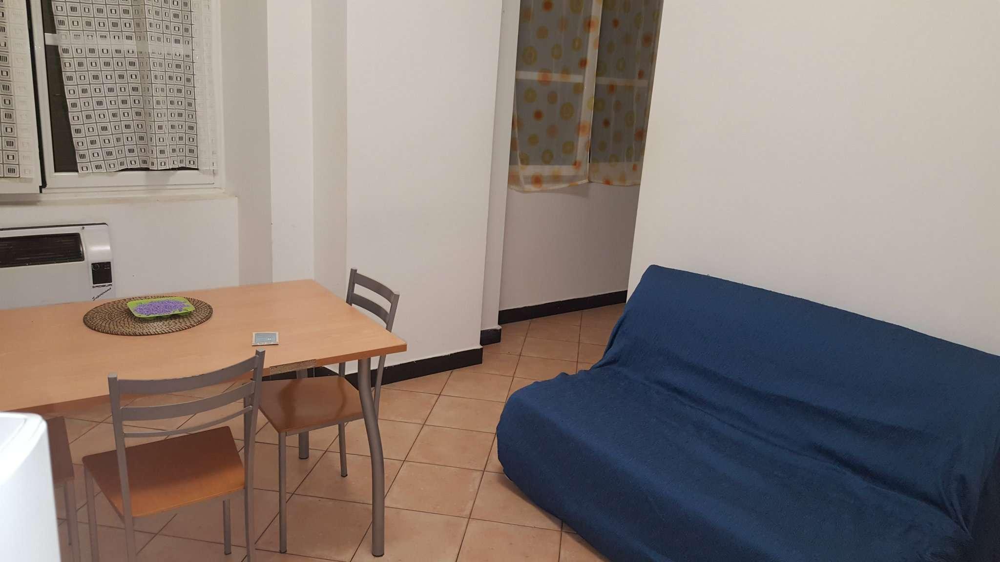 Bilocale Genova Via Della Posta Vecchia 9
