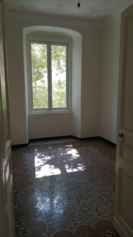 Ufficio-studio in Affitto a Genova Centro: 5 locali, 190 mq
