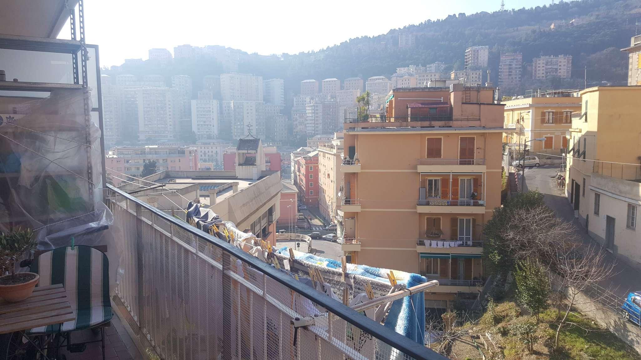 Appartamento in Affitto a Genova Semicentro Nord: 3 locali, 65 mq