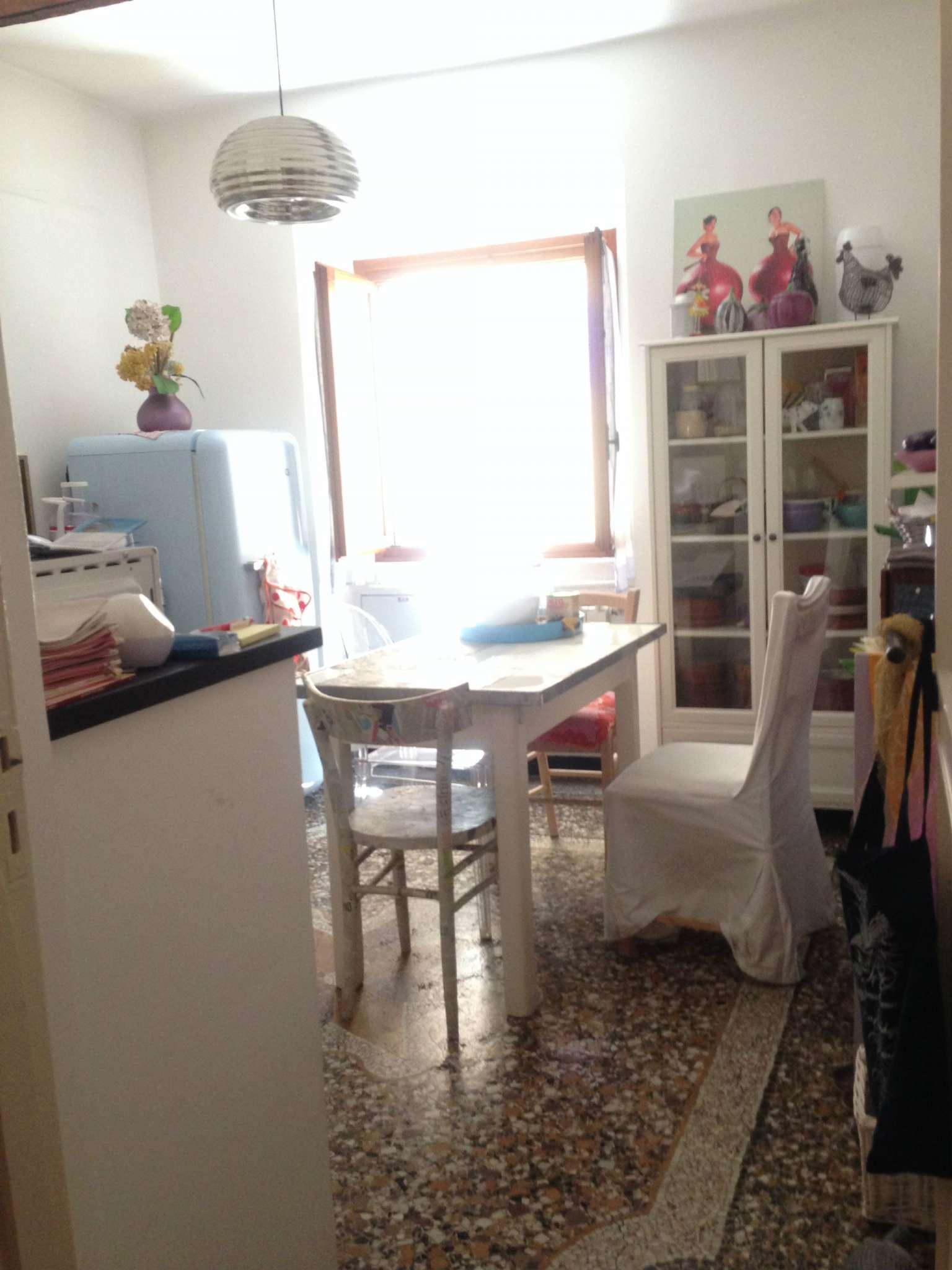 Appartamento in Vendita a Genova Centro: 3 locali, 65 mq