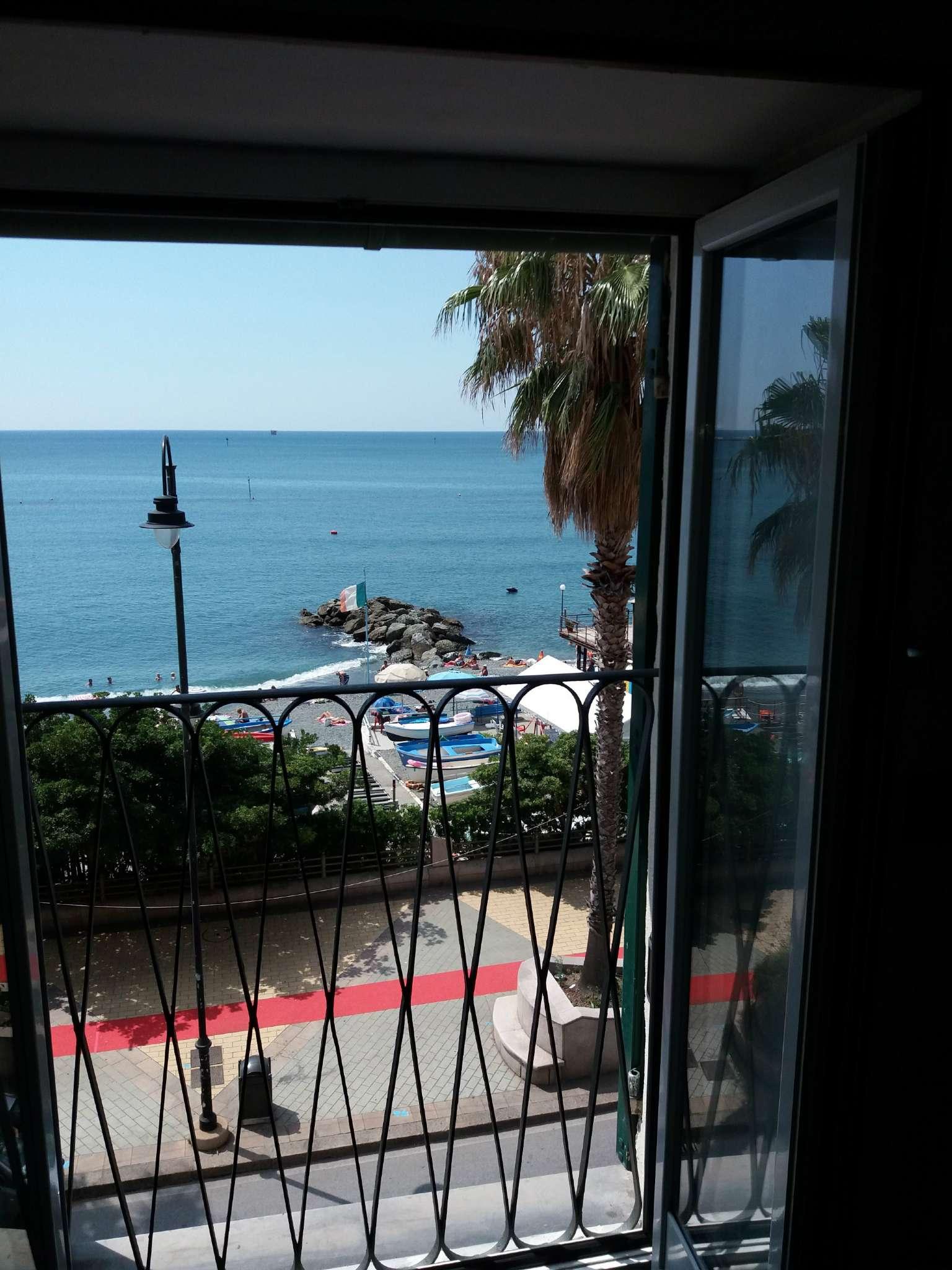 Appartamento in Affitto a Genova Periferia Ovest:  2 locali, 30 mq  - Foto 1