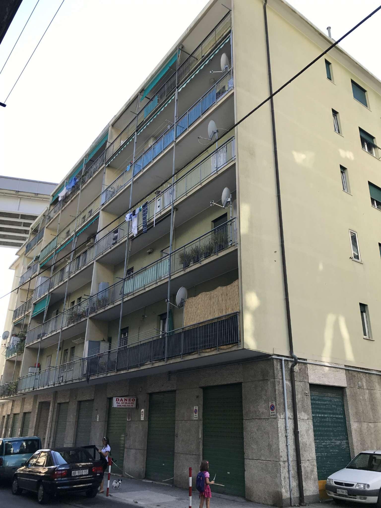 Appartamento in Vendita a Genova Semicentro Nord: 4 locali, 55 mq
