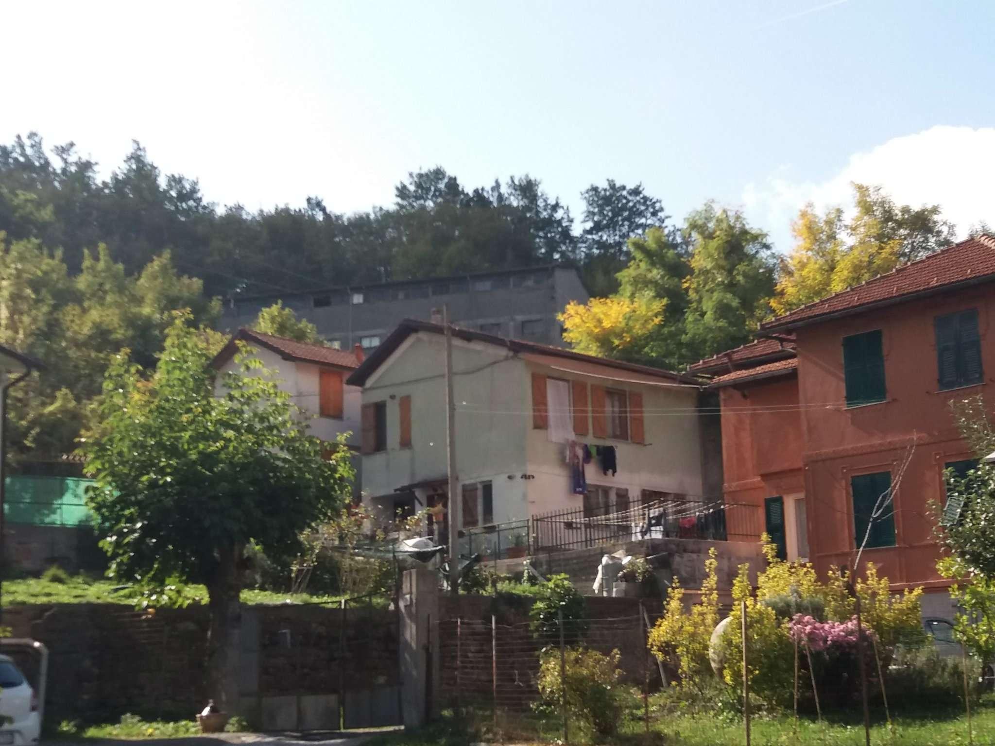 Soluzione Indipendente in vendita a Casella, 6 locali, prezzo € 155.000 | CambioCasa.it
