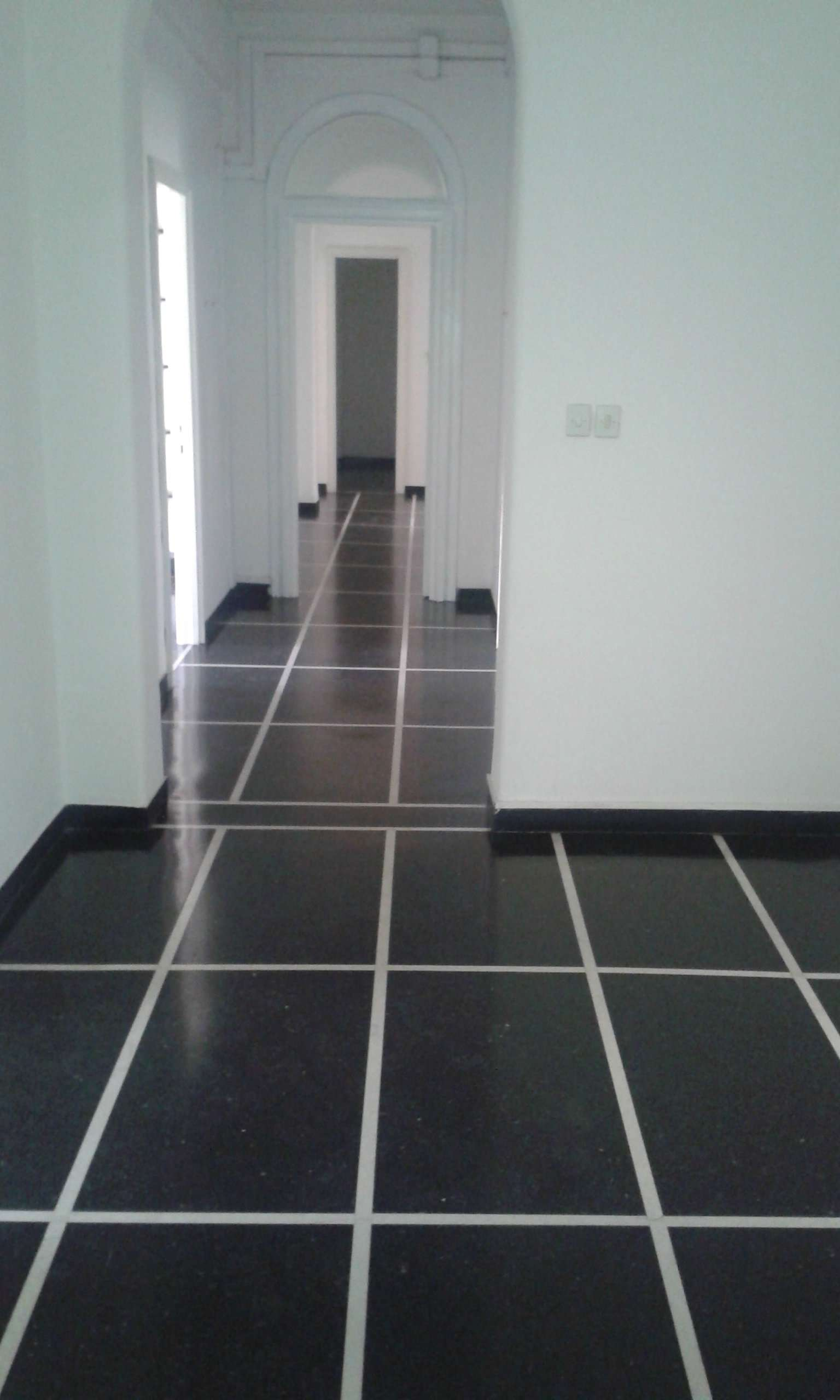 Appartamento in Vendita a Genova Centro: 5 locali, 200 mq