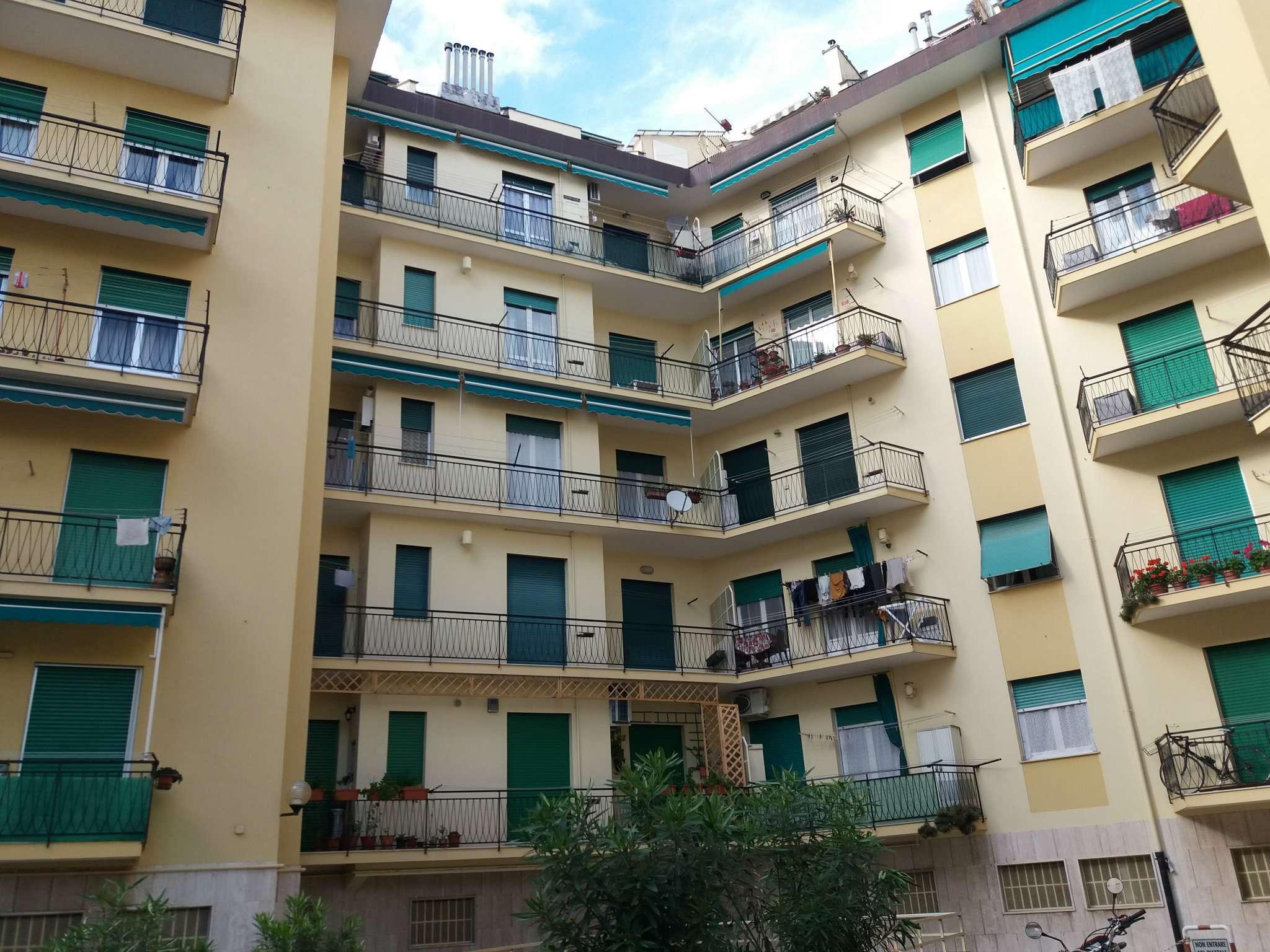 Appartamento in Vendita a Genova Periferia Ovest: 3 locali, 50 mq