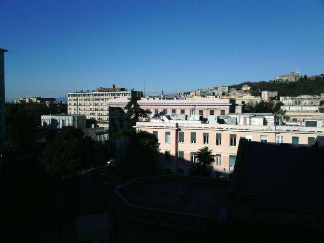 Appartamento in Vendita a Genova Centro: 4 locali, 130 mq