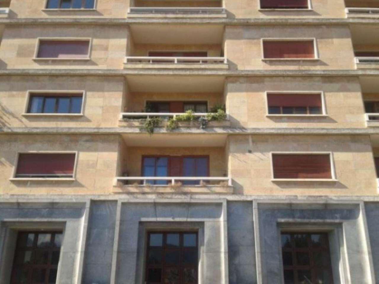 Appartamento in Affitto a Genova Centro: 5 locali, 180 mq