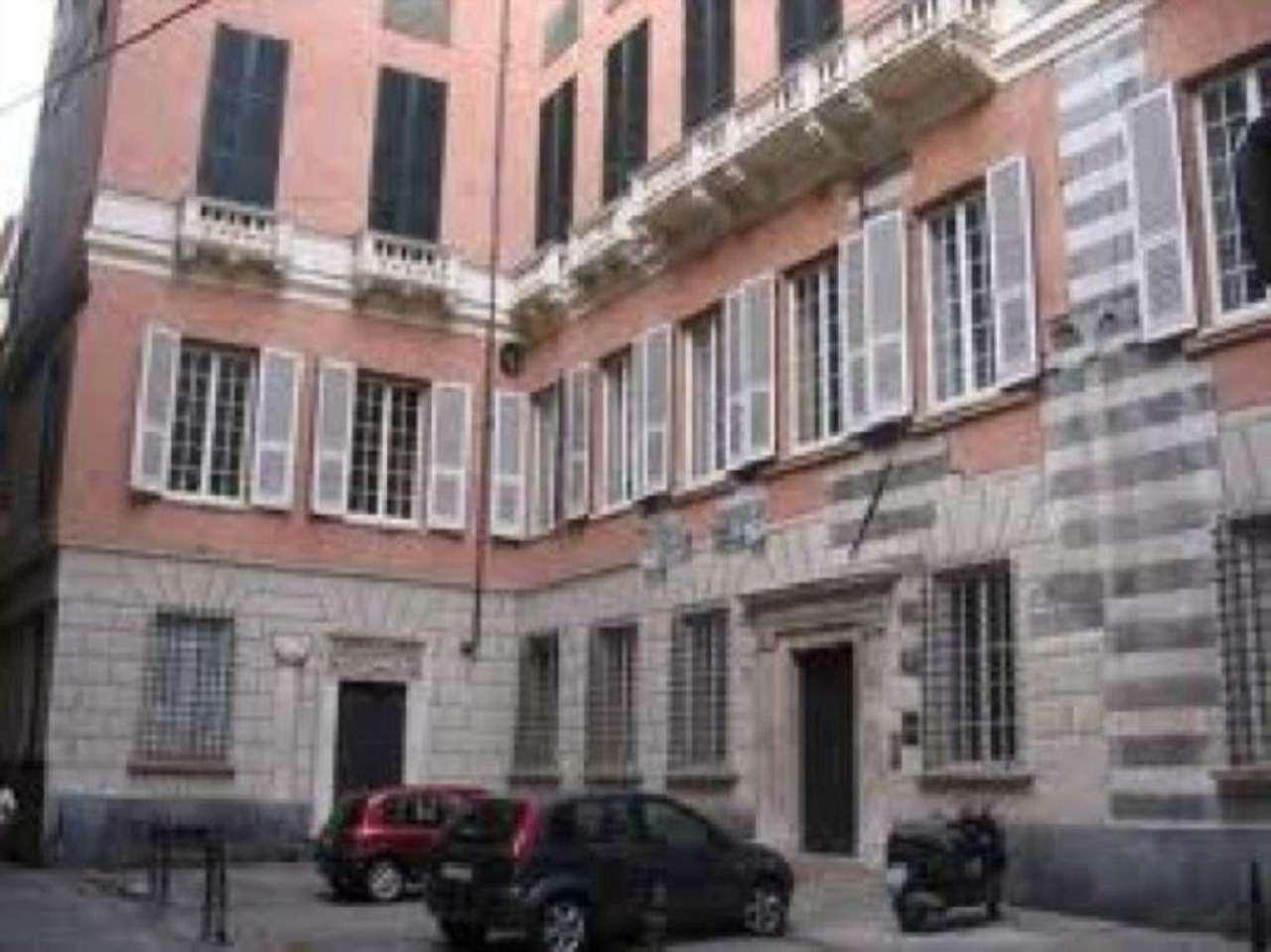 Ufficio-studio in Affitto a Genova: 5 locali, 150 mq