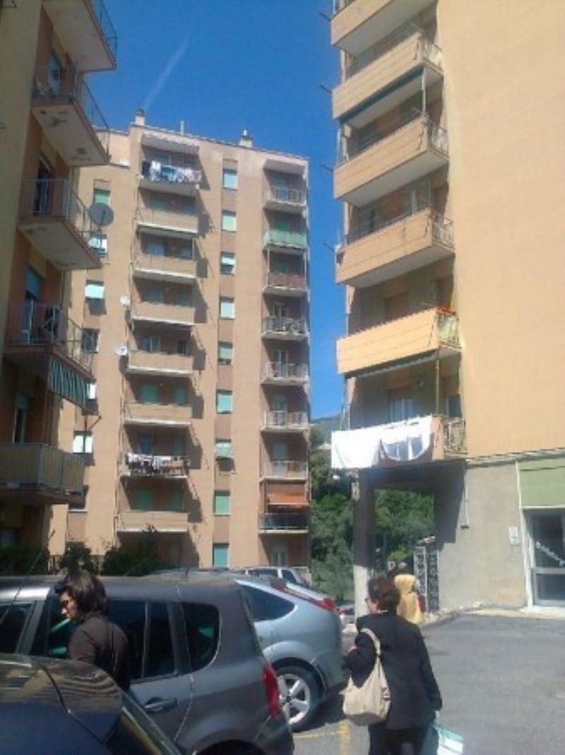 Appartamento in Vendita a Genova Semicentro: 3 locali, 75 mq