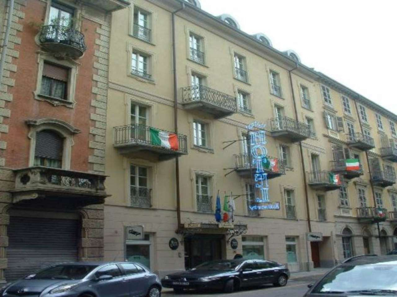 Immobile Commerciale in Vendita a Torino