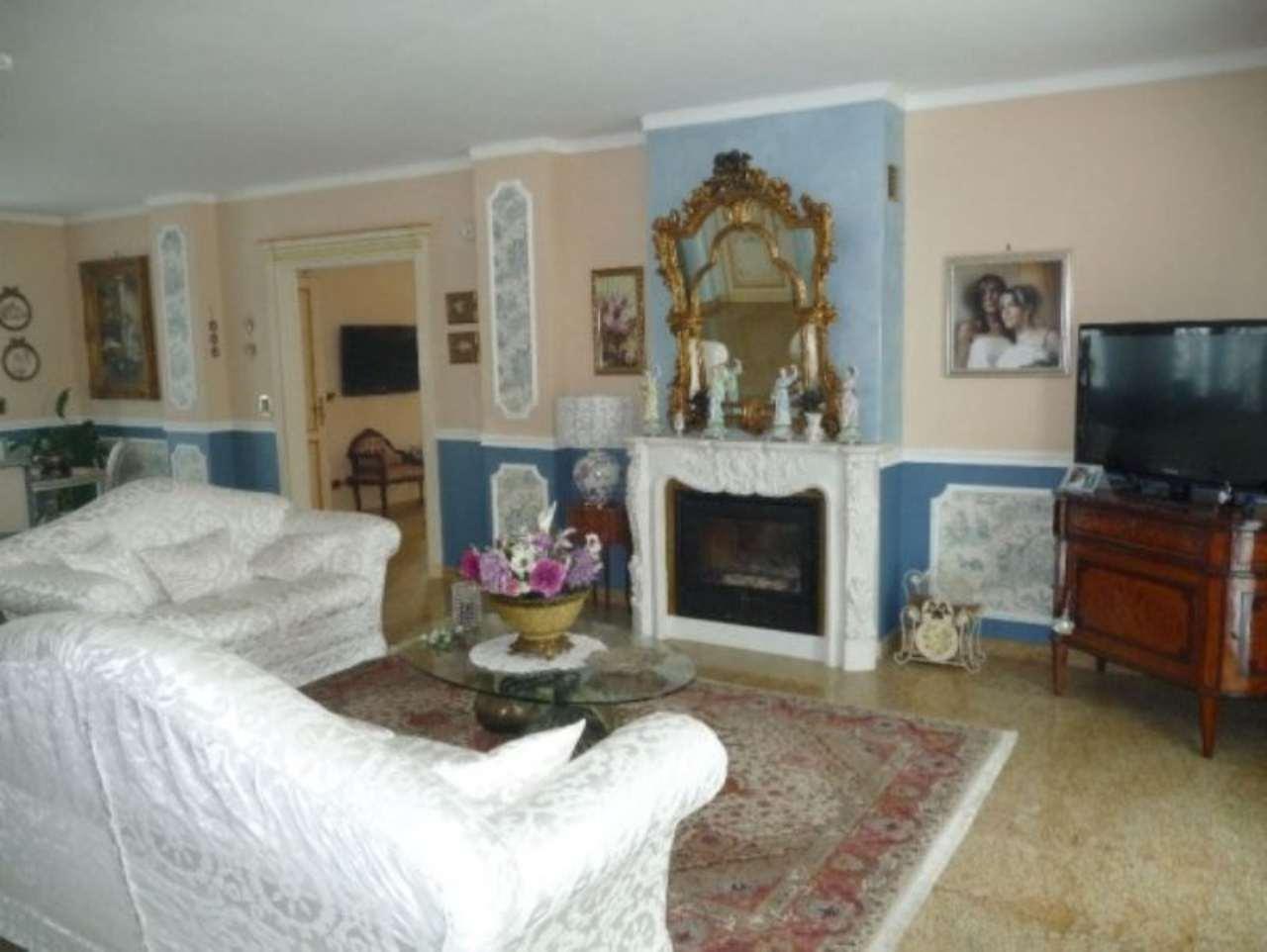 Villa in vendita a La Loggia, 12 locali, prezzo € 950.000 | Cambio Casa.it
