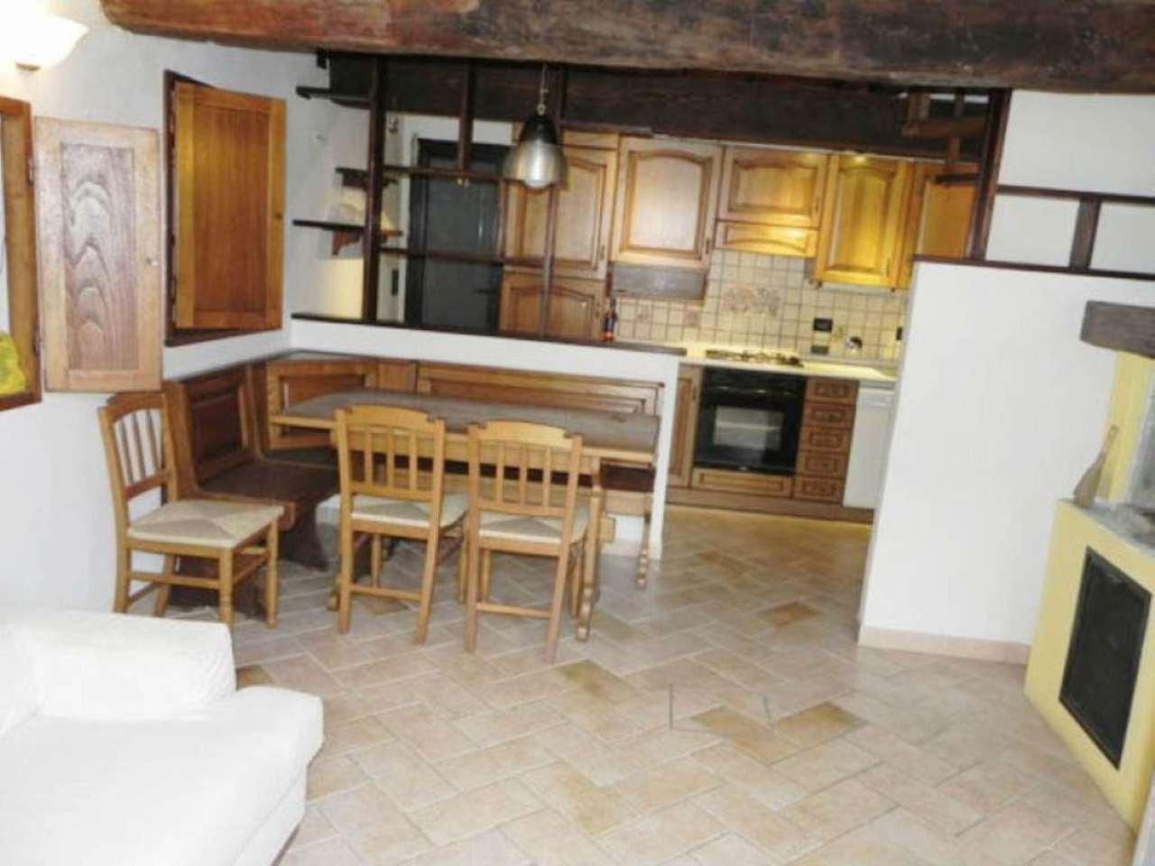 Palazzo / Stabile in vendita a Vaiano, 3 locali, prezzo € 129.000 | Cambio Casa.it