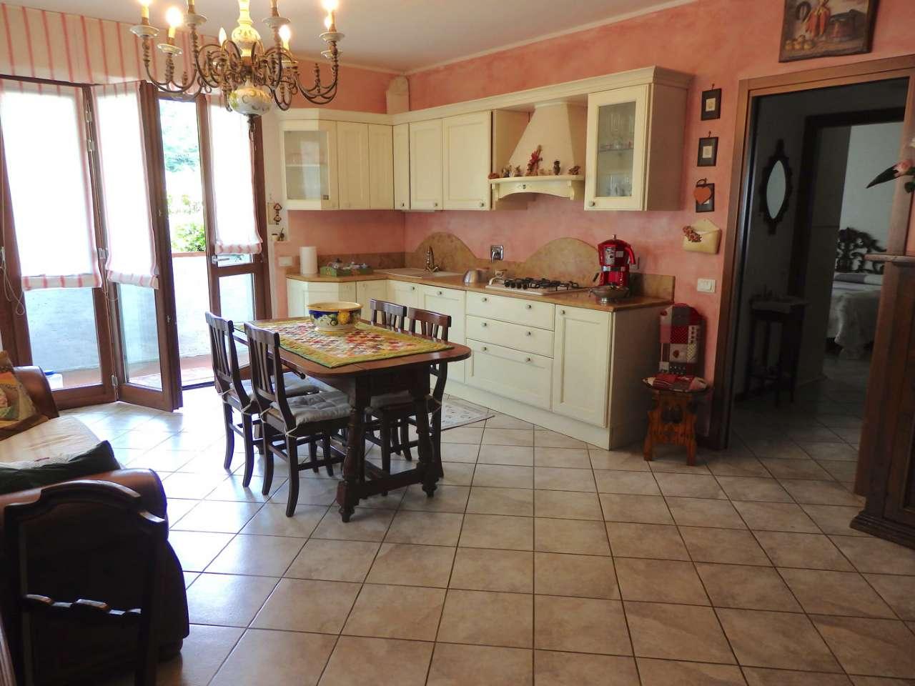Appartamento in vendita a Cantagallo, 3 locali, prezzo € 199.000 | CambioCasa.it