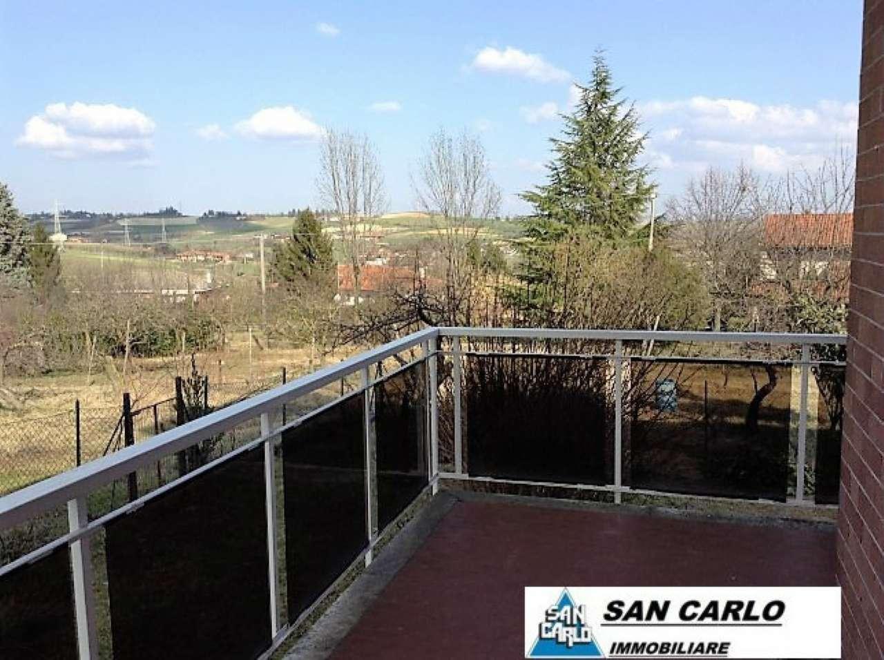 Appartamento in affitto a Pino Torinese, 5 locali, prezzo € 650 | Cambio Casa.it