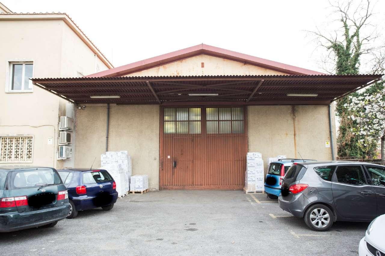 Magazzino in affitto a Roma, 2 locali, zona Zona: 8 . Tiburtina, Colli Aniene, Pietrasanta, San Basilio, prezzo € 4.000 | CambioCasa.it
