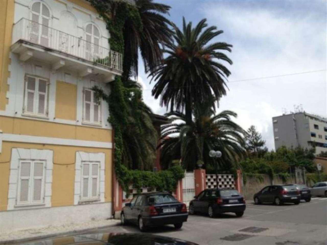 Albergo in vendita a Carrara, 6 locali, prezzo € 2.200.000 | Cambio Casa.it