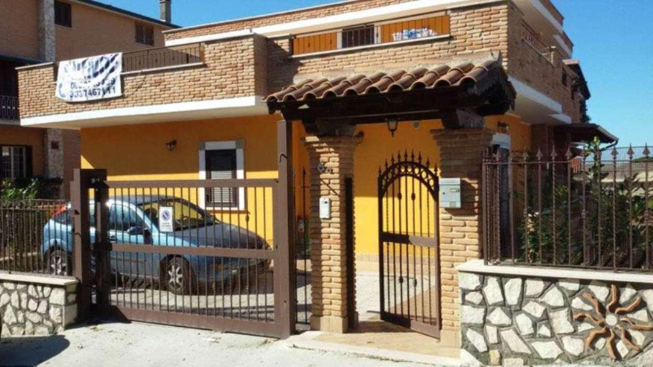 Villa a Schiera in vendita a Mentana, 9999 locali, prezzo € 279.000 | Cambio Casa.it
