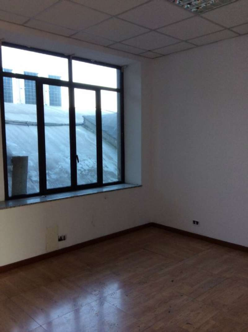 Ufficio / Studio in affitto a Rivoli, 1 locali, prezzo € 1.000 | CambioCasa.it