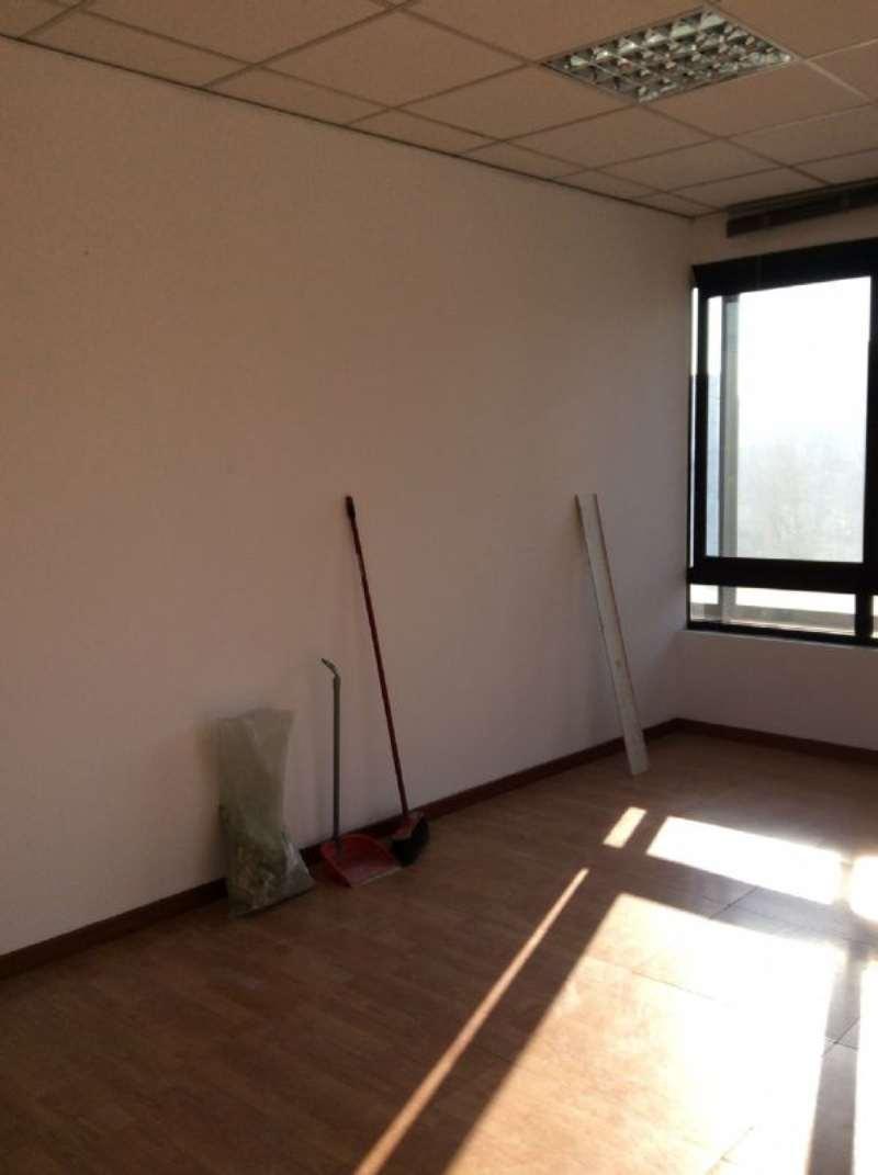 Ufficio / Studio in affitto a Rivoli, 1 locali, prezzo € 1.416 | CambioCasa.it