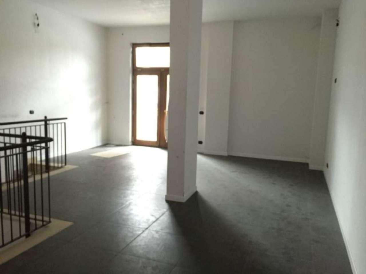 Negozio / Locale in vendita a Rivoli, 1 locali, prezzo € 480.000 | CambioCasa.it