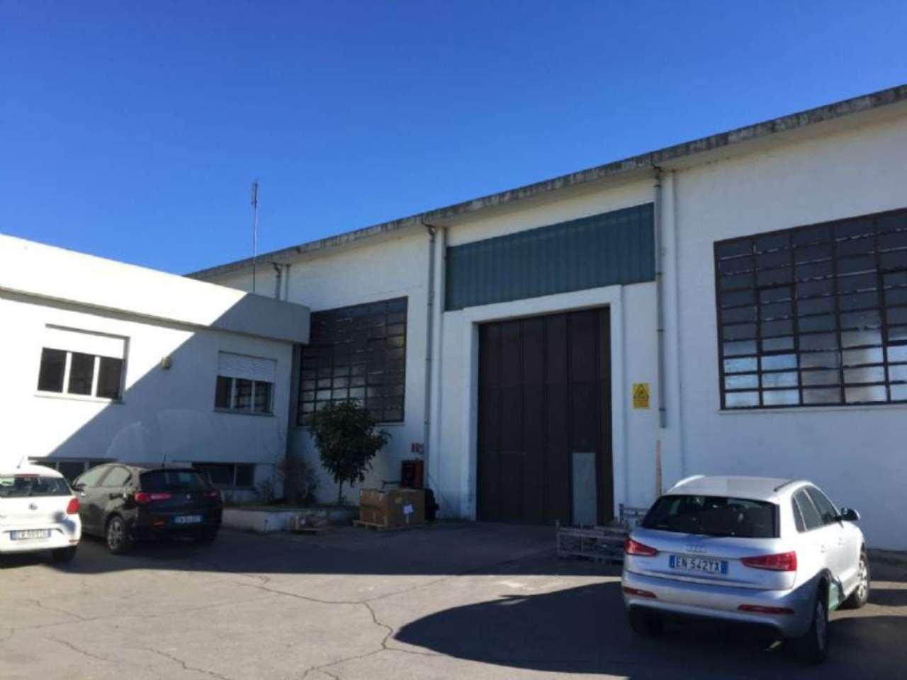 Capannone in vendita a Poirino, 1 locali, prezzo € 635.000 | CambioCasa.it