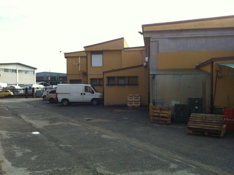 Capannone in Affitto a Alpignano